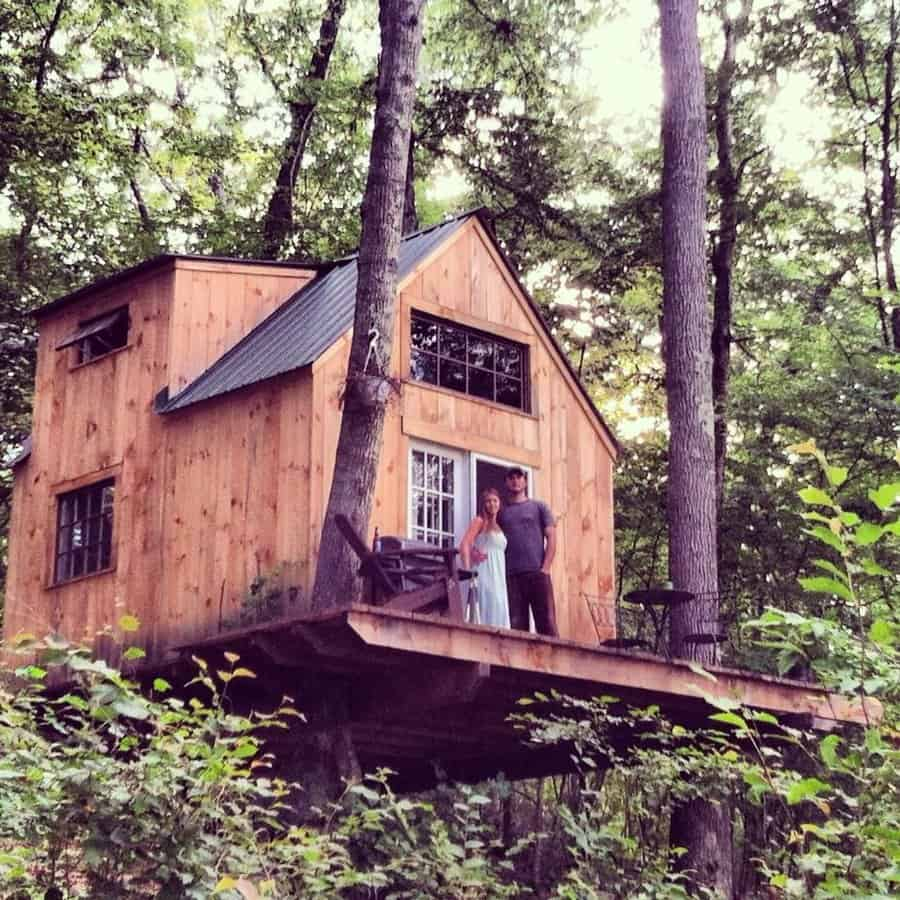 gorgeous tiny home in the woods