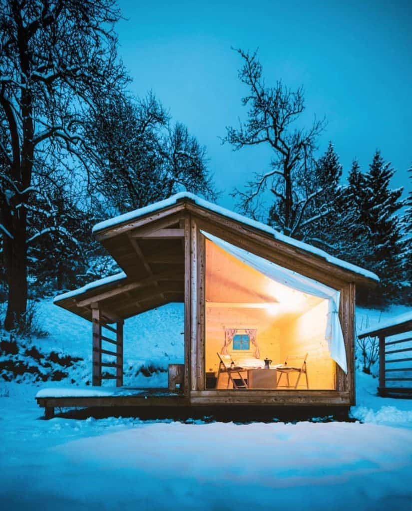 tiny house winter getaway